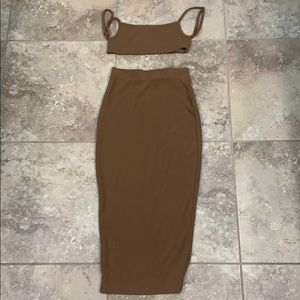 CROPPED TOP + SKIRT (MATCHING SET)